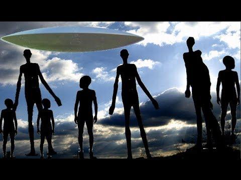 Rusia: Aterriza una nave y descienden de ella 7 extraterrestres de 6 a 7 metros de altura