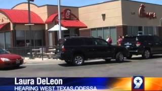 Long Lines Show Support For Chick-fil-a