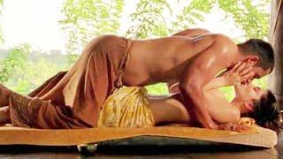Sunny Leone in Topless Nude Scene