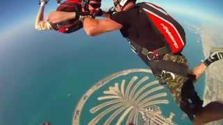 Skydive Dubai. Отпуск в Дубаи (ОАЭ)(Dubai чудо света! Стоит хоть раз там побывать и посмотреть на них с высоты птичьего полета ПОДПИСЫВАЙТЕСЬ..., 2013-12-27T10:20:45.000Z)