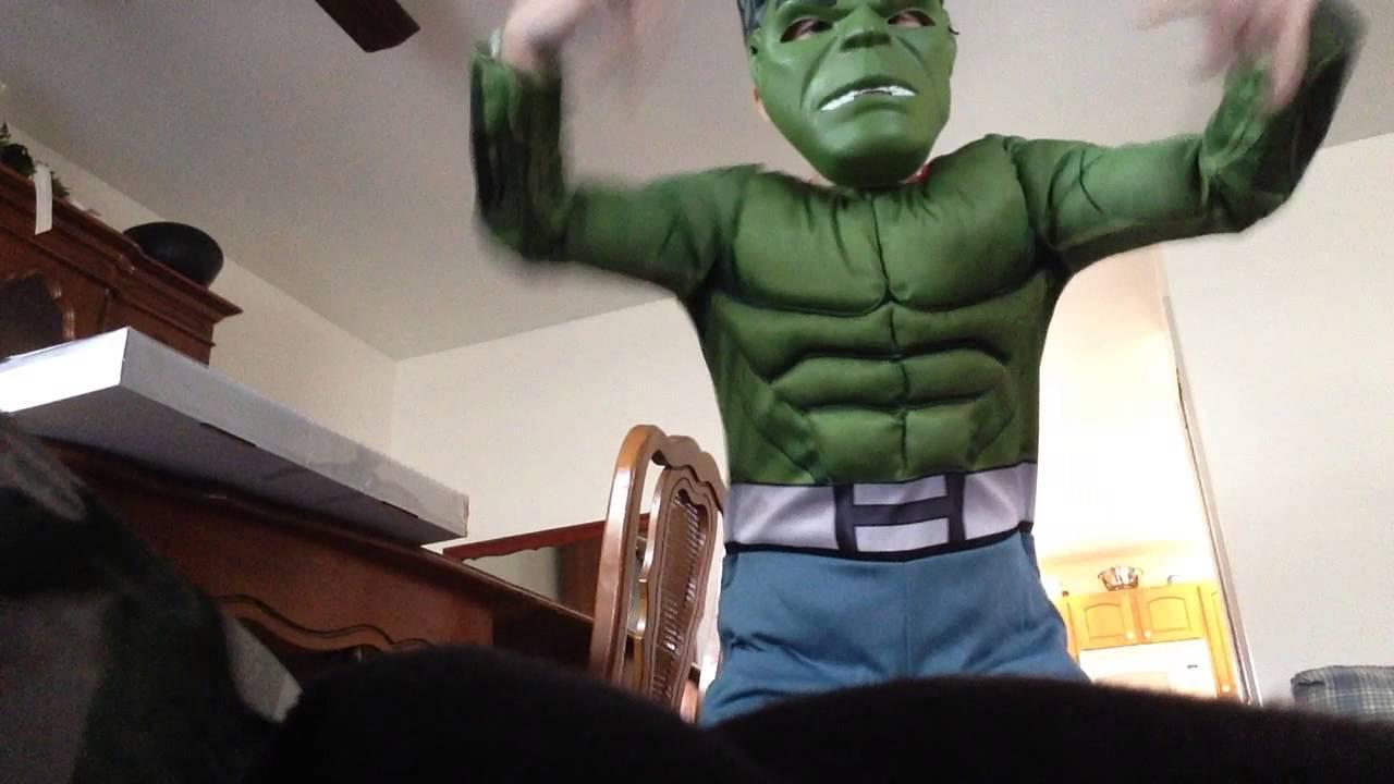 Hulk Gangnam style dance