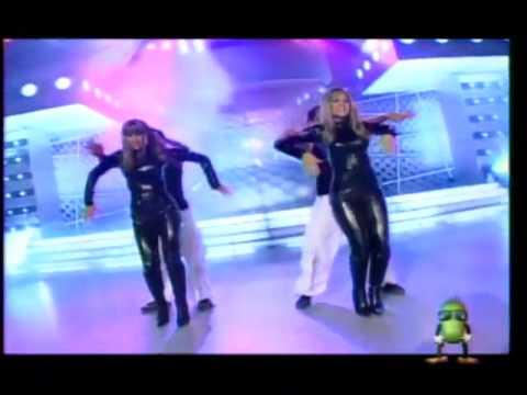 Alessandra Zignago y Melissa Loza en baile de introducción ...