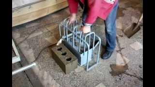 мини станок для изготовления шлакоблоков(Станок для изготовления шлакоблоков ,применяется в дачном строительстве можно перевозить в багажнике..., 2015-11-24T11:04:43.000Z)