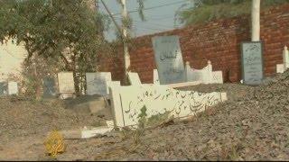 AlJazeera: Graves of Ahmadiyya Muslims desecrated in Pakistan