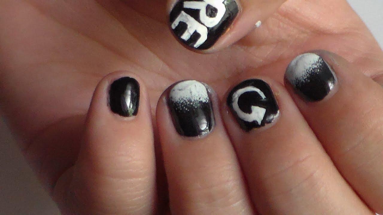 Zendaya Stiletto Nails