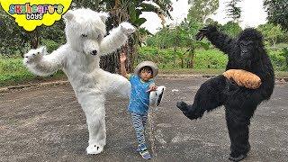 Kung Fu POLAR BEAR vs. Gorilla | Skyheart Mcdonalds eaten by giant monkey animals kids