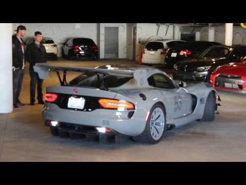 Dodge Viper ACR crashes Mercedes Day