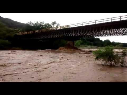 Evacúan Las Juntas e Ixtapa por Río Ameca