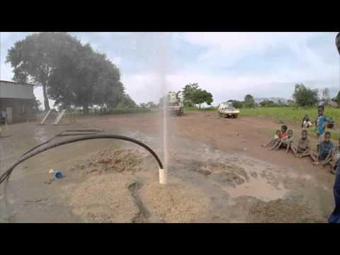 Flushing the borehole