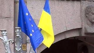 'Вирус беспамятства': чем Украина заменит День Победы