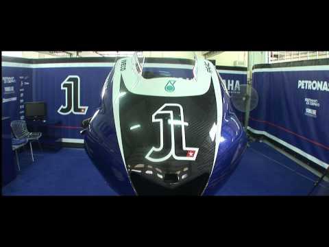 hqdefault - Vídeo: Yamaha apresenta a moto de 2011