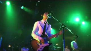 2008年12月4日に恵比寿のリキッドルームで行われたCOIL デビュー10周年記念ライブの模様を3サイトで配信中! お祝いに駆けつけてくれたゲストも必見です。 ・ニコニコ ...