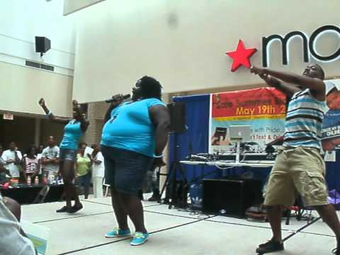 Quannaboo Performing At South Dekalb Mall Youtube