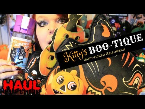 KITTY'S BOO-TIQUE HALLOWEEN HAUL - Blind Boxes and Black Cats