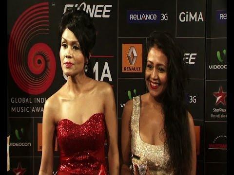 Singer sisters Neha and Sonu Kakkar get candid