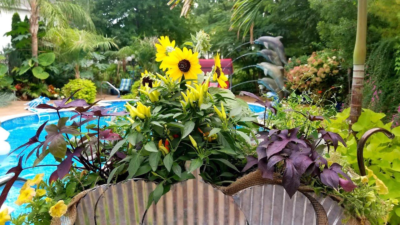 fall wagon planter pumpkin wagon fall garden plants - Fall Garden Plants