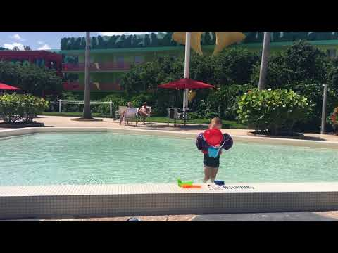Disneys AllStar Music Resort Pool