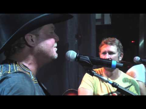 Tracy Lawrence - Paint Me A Birmingham (Live featuring Craig Morgan)