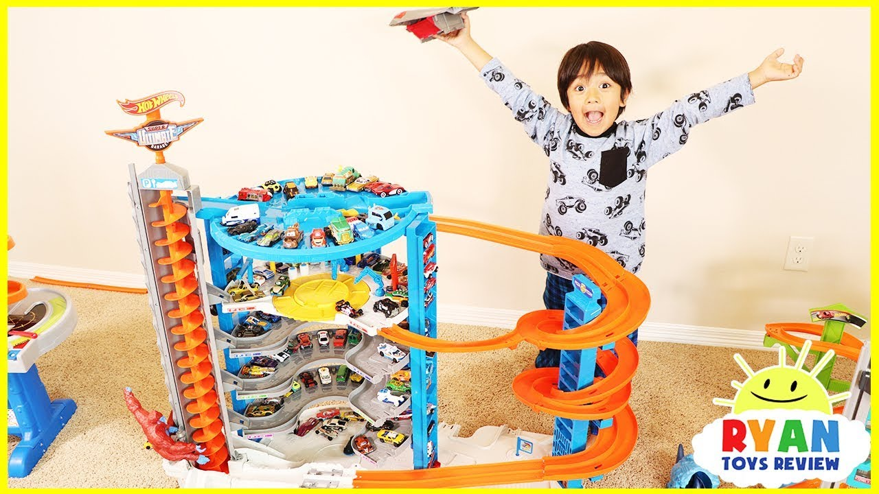 Biggest Hot Wheels Super Ultimate Garage Playset With Ryans Toy
