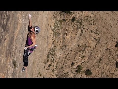 Pay no Attention to the Men Behind the Climbing Curtain | Hazel Findlay Days, Ep. 2