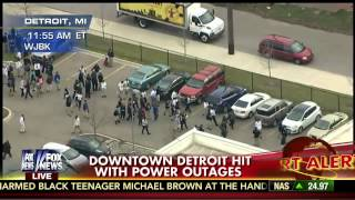 Blackout America : Major Power Outage hits downtown Detroit as the Grid goes down (Dec 02, 2014)