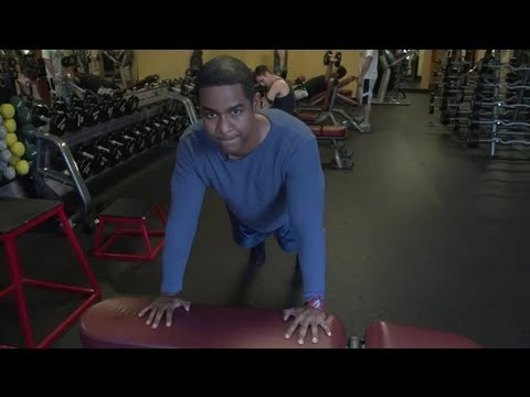 What Do Incline Push-Ups Work?: Working Out