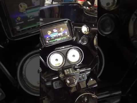 Custom Roadglide inner fairing with 4 speakers 97/17