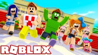 THE SUBSCRIBERS have INVADED the HOUSE OF YOUTUBERS in ROBLOX!!