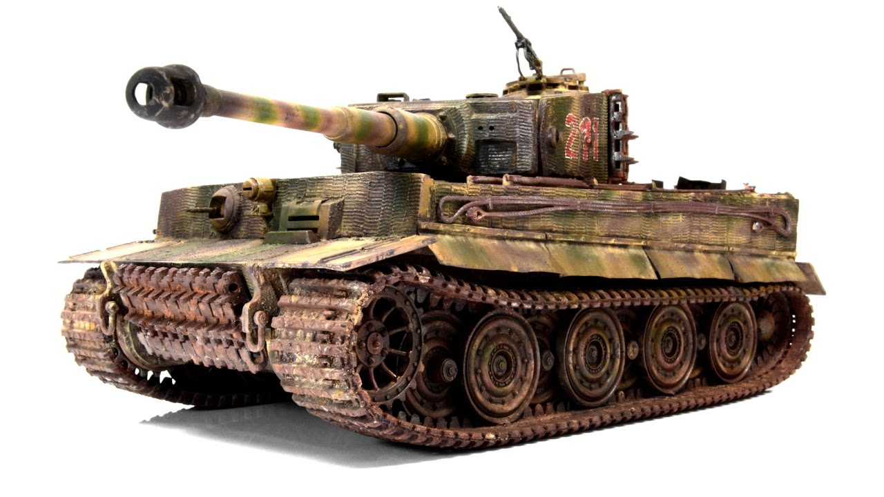 panzerkampfwagen vi tiger late 1 35 academy tank model. Black Bedroom Furniture Sets. Home Design Ideas