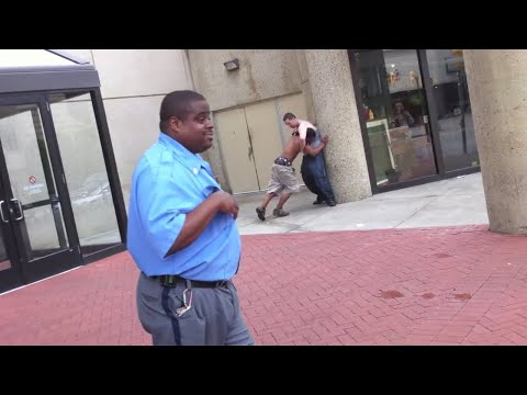 Mall Security Guard records fight outside Town Center Mall