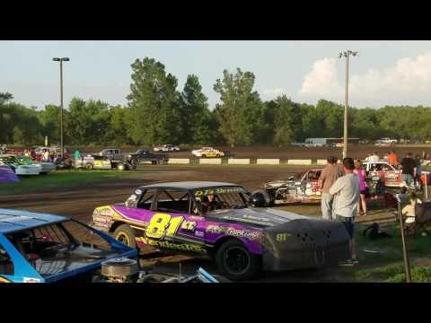 Dylan Fitzpatrick 6/10/16 Rapid Speedway Heat Race