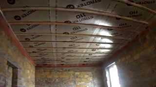 Черновой потолок+паробарьер  Набиваем черновой потолок  You Tube(Черновой потолок+паробарьер Набиваем черновой потолок Деревянное перекрытие и паробарьер Набиваем монта..., 2015-10-19T12:10:50.000Z)