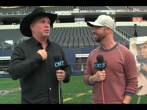 CMT Radio: Garth Brooks Reveals His Favorite Current Country Stars