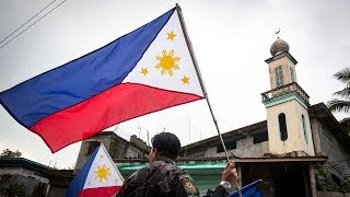 Blasts rock ISIL-held Marawi, as Philippines marks Independence Day