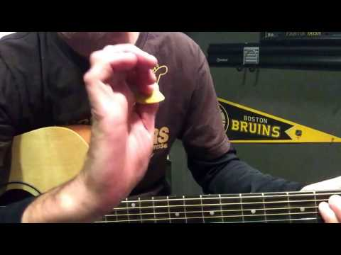 Live- lightning crashes simple 3 chord beginners song on guitar