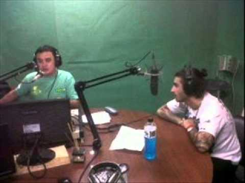 Ulises Bueno - Invencible (EN VIVO) Radio Maxima 16-05-13