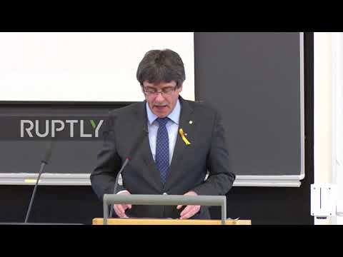 Finland: 'Smartphone mightier than sword' – Puigdemont on vision of 'digital republic'