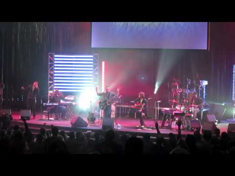 Israel Houghton - Let The Redeemed of the Lord Say So @ CMS Overlake 2010