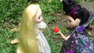 Ouat: Snow White dies (Ever After High Stopmotion)
