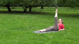 Подготовка к шпагату: развитие подвижности тазобедренных суставов.