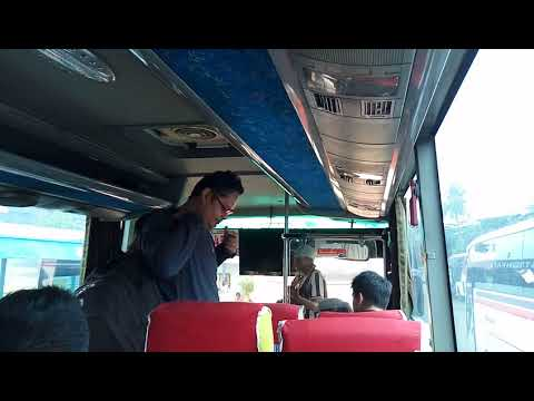 Pengamen keren di Terminal Tanjung Priok
