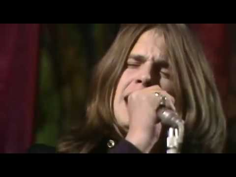 "Black Sabbath - ""Paranoid"" Live on Top of the Pops 1970"