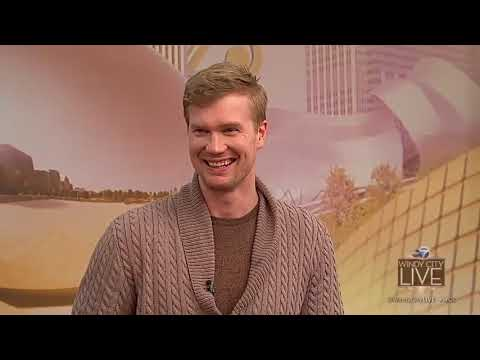 Joonas Suotamo talks about playing Chewbacca