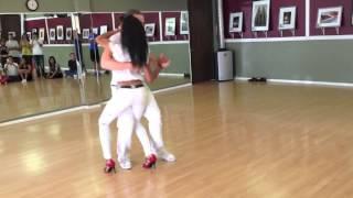 Repeat youtube video Isabelle & Felicien with Kizomba Harmony - Kizomba Workshop Demo