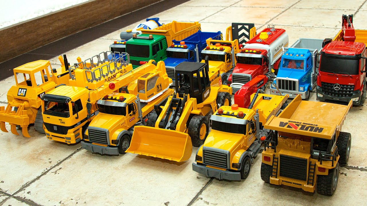 Let's meet various heavy equipment vehicles with yellow heavy equipment side by side
