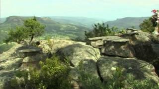 Drawing Room Rocks Walk - Australia