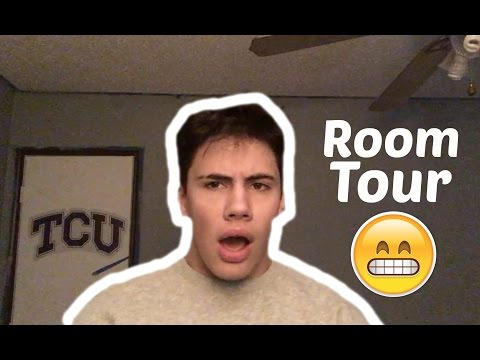 ROOM TOUR AND MY OLD YEARBOOK