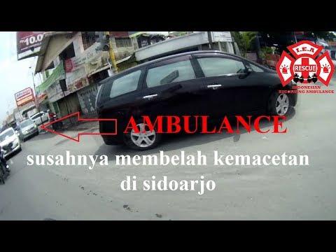 I.E.A Sidoarjo Escorting an ambulance #1 susahnya mbelah kemacetan di sidoarjo #14 Motovlog Part 1/3