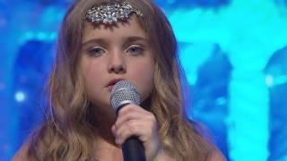 Little Girl Singing Sing Me To Sleep By Alan Walker