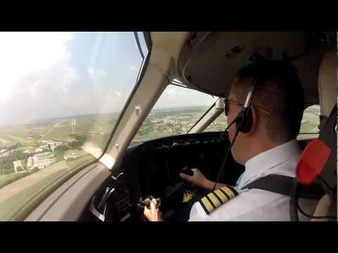 Landing in Vienna RWY34, VERY WINDY GOPRO